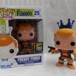 """Foto figura Número 25 """"Orange Deadpool"""" de la colección Freddy Funko"""