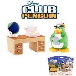 Club Penguin - Serie 11 - Figuras Aunt Arctic con accesorios